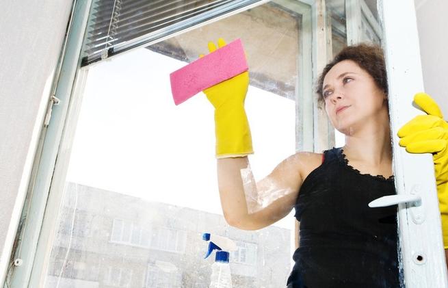 чистка окон от краски